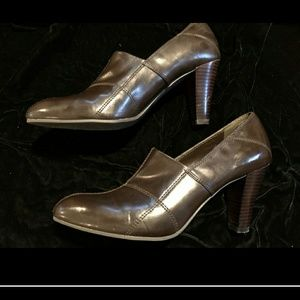 Franco Sarto Brown ankle boots size 9